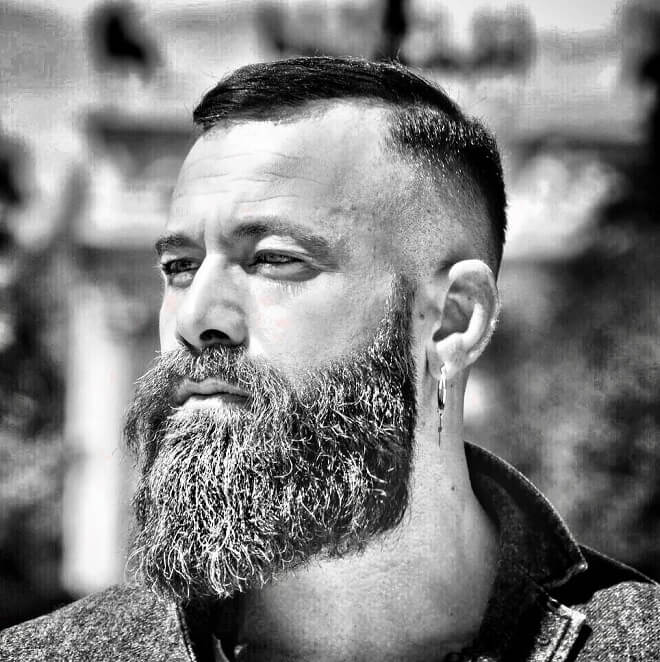 35 Best Short Haircuts with Beard