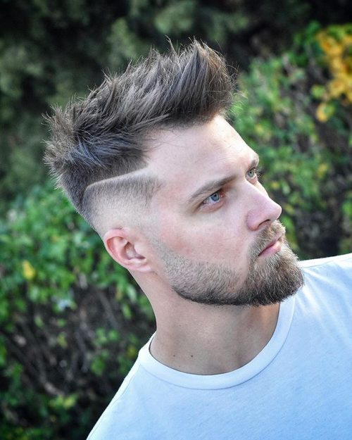 30 Best Mens Textured Hairstyles 2020 Textured Haircuts For Men Shaved Line With Brush Up Strands