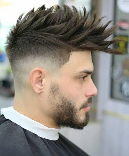 Front Spiky With Medium Fade 40 Best Mens Textured Hairstyles 2020 Textured Haircuts For Men